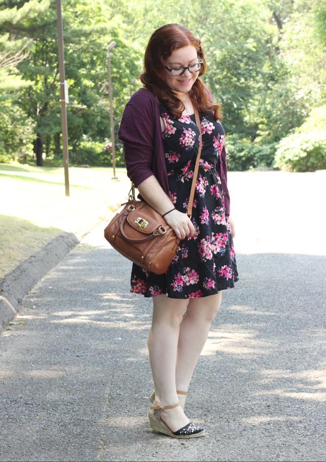 Blogger Interview:  If you love both fashion and books, check out the story of New York blogger Sara
